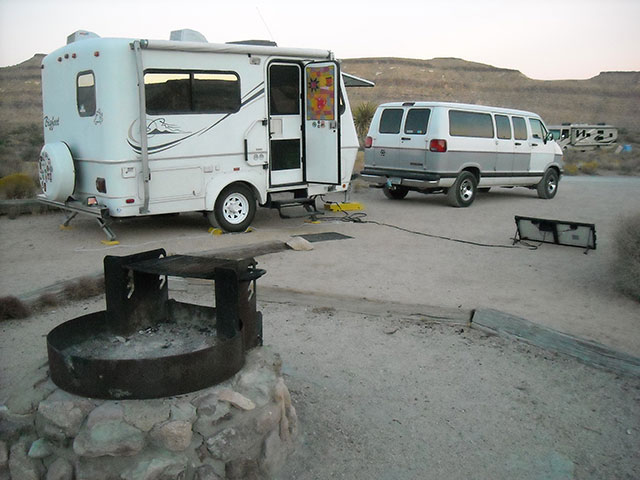 Hole in the Wall Campground